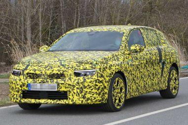 Opel испытывает прототипы Astra следующего поколения