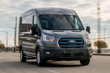 В России будут делать электрические Ford Transit