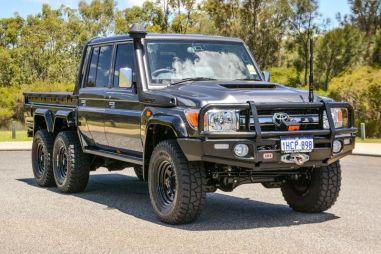 В Австралии обнаружен шестиколесный Toyota Land Cruiser 70