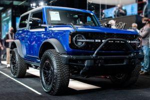 Первый Ford Bronco продали за $1,1 млн, GMC Hummer EV — за $2,5 млн