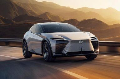 Lexus показал стильный электрический кроссовер