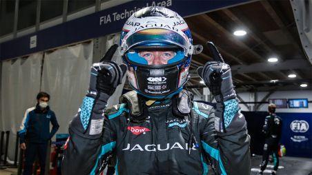 Аварии в Аравии: седьмой сезон Формулы Е начался со зрелища