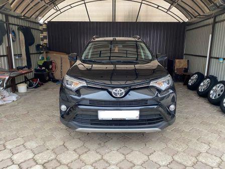 Toyota RAV4 2015 - отзыв владельца