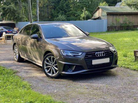 Audi A4 2019 - отзыв владельца
