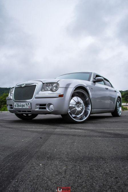 Chrysler 300C 2004 - отзыв владельца