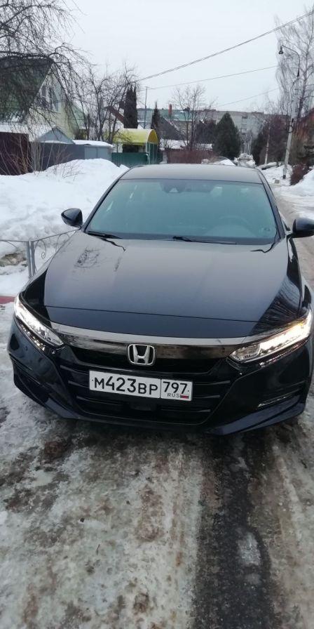 Honda Accord 2018 - отзыв владельца