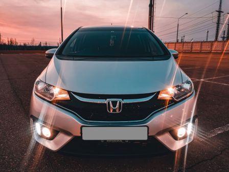 Honda Fit 2016 - отзыв владельца