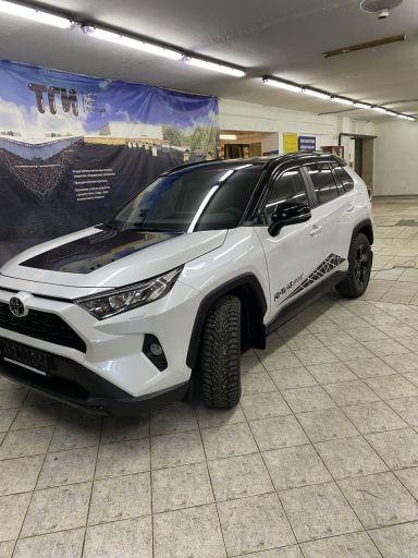 Toyota RAV4 2020 отзыв автора | Дата публикации 31.03.2021.