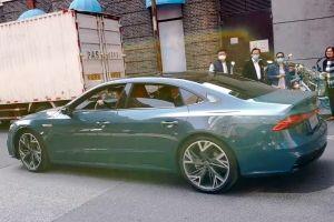 В Китае замечена удлиненная Audi A7: это не лифтбек