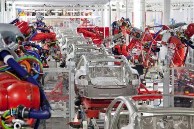 Объем продаж компактных Tesla превысил миллион единиц