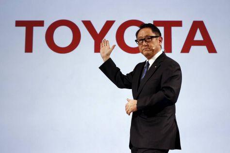 Глава Тойоты признан человеком года в автомобильной индустрии
