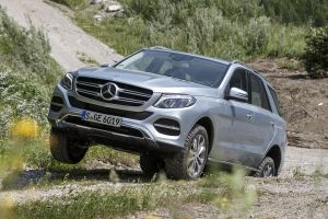 Россиянин дважды выиграл дело о возврате дефектного кроссовера Mercedes-Benz