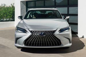 Lexus показал в Китае обновленный ES