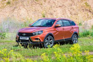 АвтоВАЗ повысил цены на Vesta и XRAY