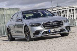 До России добрался Mercedes-Benz S-Class W223 c двигателем V8