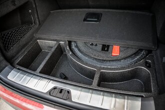 И в гроб сходя, благословил! Lexus NX 300 инспектирует Geely Tugella51