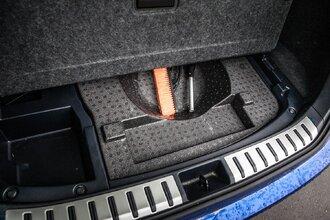 И в гроб сходя, благословил! Lexus NX 300 инспектирует Geely Tugella81