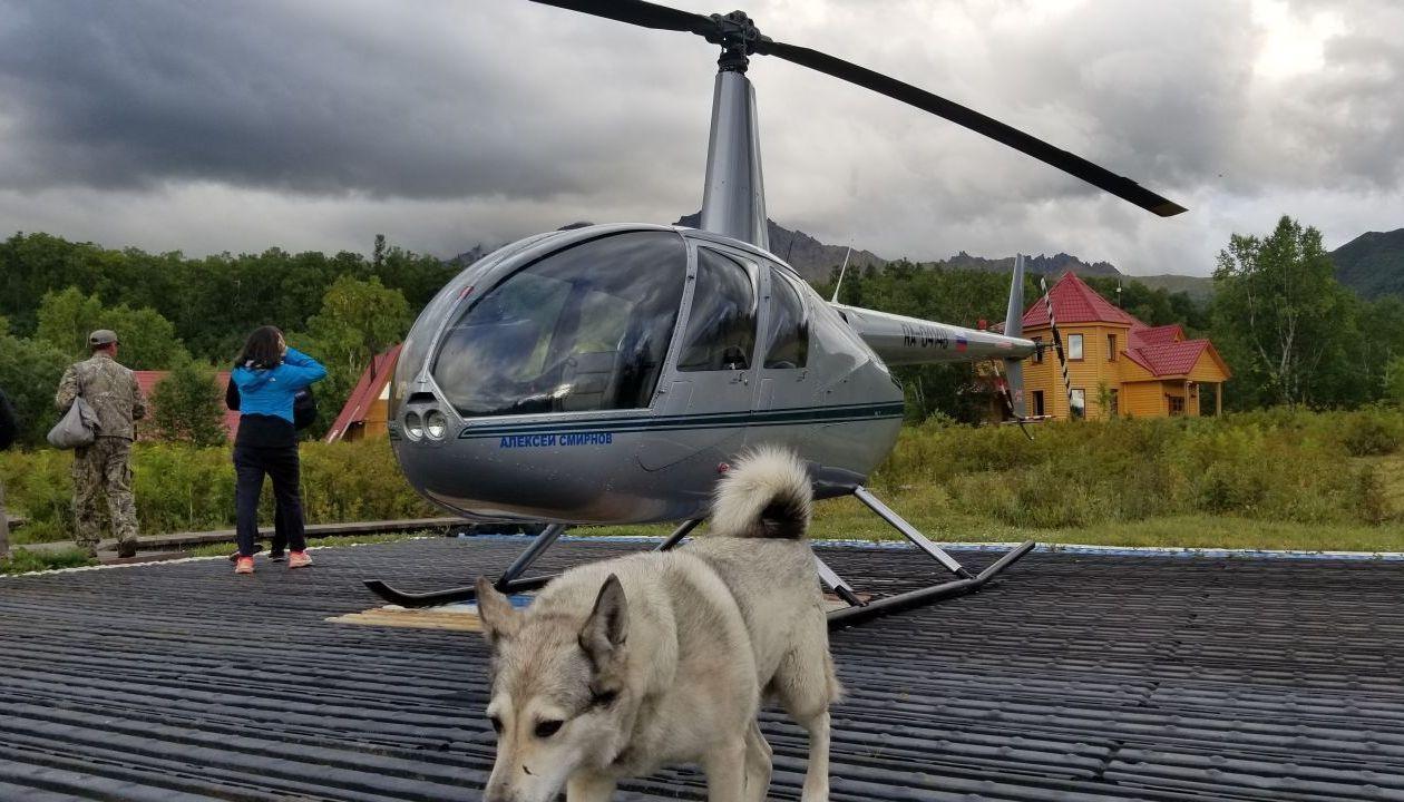 какраз на этот вертолёт мы опаздывали - это тумрокские горячие источники