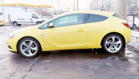 Opel Astra GTC 2014 - отзыв владельца