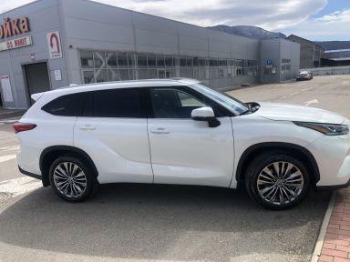 Toyota Highlander, 2021