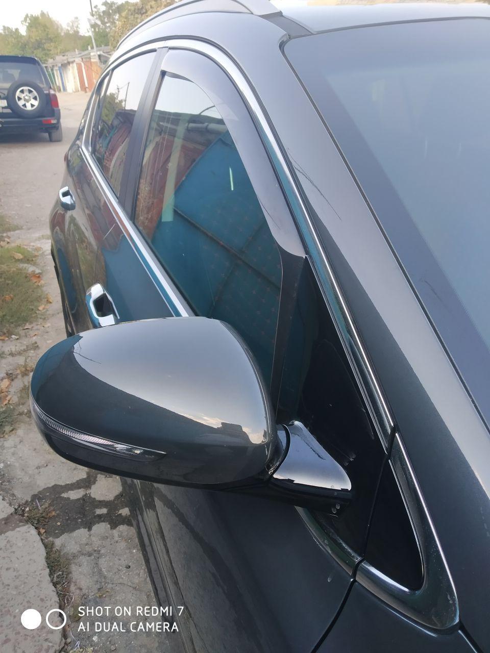Передние накладки на окна (ветровики)