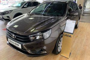 АвтоВАЗ массово поднял цены в третий раз с начала года