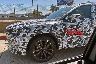 Mazda выкатила на тесты CX-5 на новой заднеприводной платформе