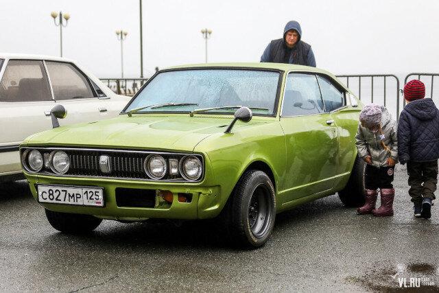 Дальневосточное ретро: любители классических японских автомобилей открыли сезон во Владивостоке (ФОТО)