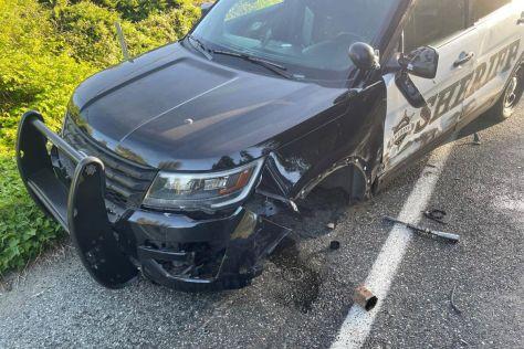 Tesla Model S на автопилоте врезалась в полицейский Ford Explorer