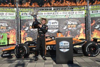 Третий и четвертый этапы IndyCar: «техасская резня» за победу и массовые аварии