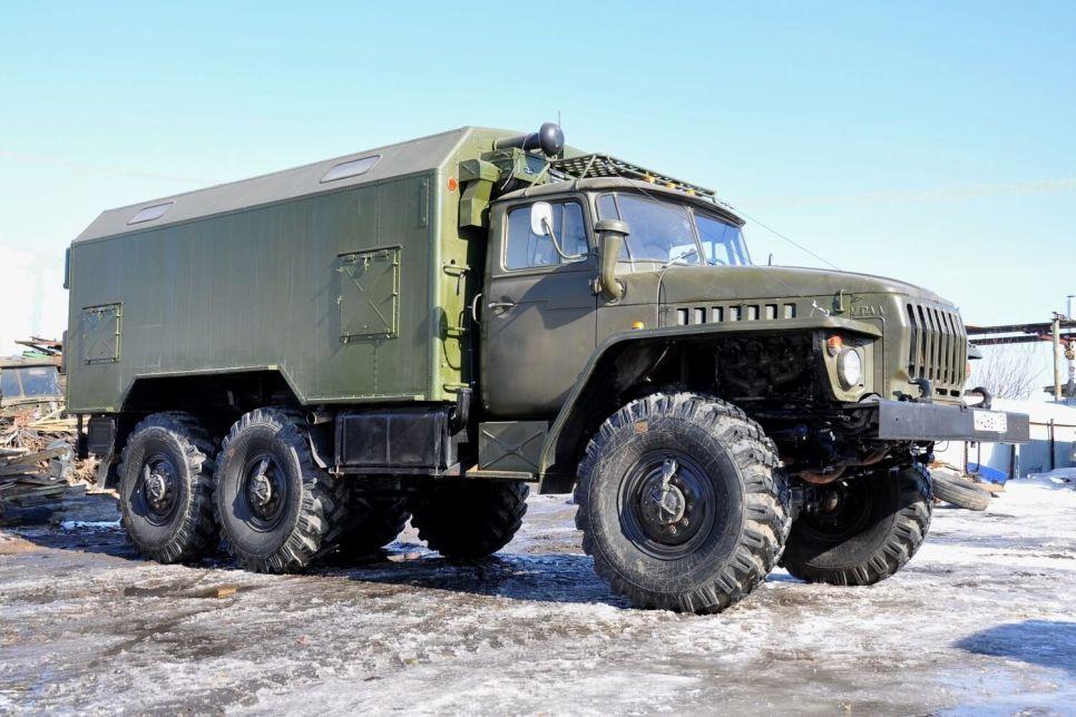 «Урал»-375Д/4320: воин и созидатель