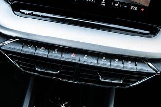 Старая клетка — гранeная таблетка. Skoda Octavia против Hyundai Elantra45