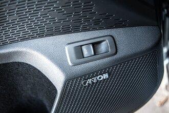 Старая клетка — гранeная таблетка. Skoda Octavia против Hyundai Elantra46