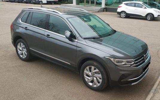 Volkswagen Tiguan 2021 - отзыв владельца