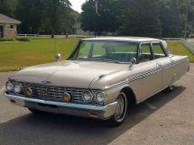 Ford Galaxie 2-й рестайлинг 1961, седан, 2 поколение