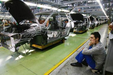 АвтоВАЗ снова отправит в простой часть производства