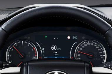Как быстро Land Cruiser 300 разгоняется до «сотни»: первые видео