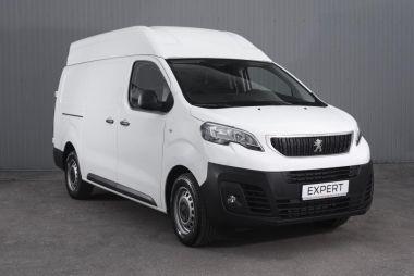 Две новинки от Peugeot в России (обе — фургоны)