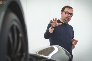 За дизайн новых Lada и Dacia будет отвечать… бывший стилист Aston Martin