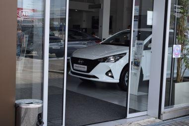 Покупаем Hyundai Solaris. Рейтинг дилерской жадности