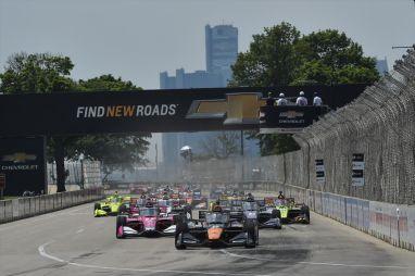 IndyCar в Детройте: авария Розенквиста, пожар Грожана, бешенство Пауэра и триумф О'Уорда