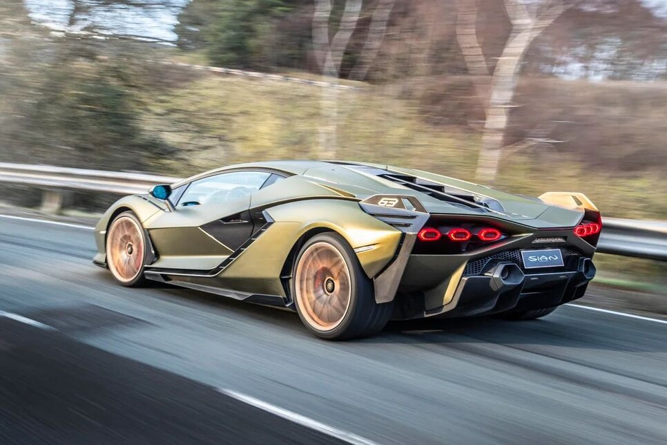 Lamborghini Sian — гибрид без аккумулятора. Что? Да!2