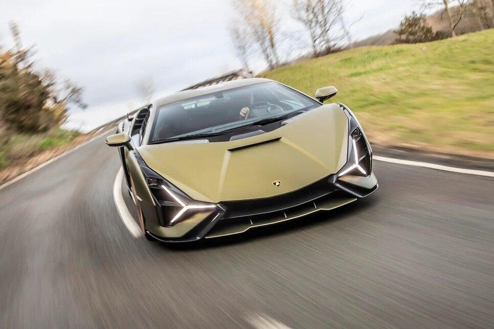 Lamborghini Sian — гибрид без аккумулятора. Что? Да!8