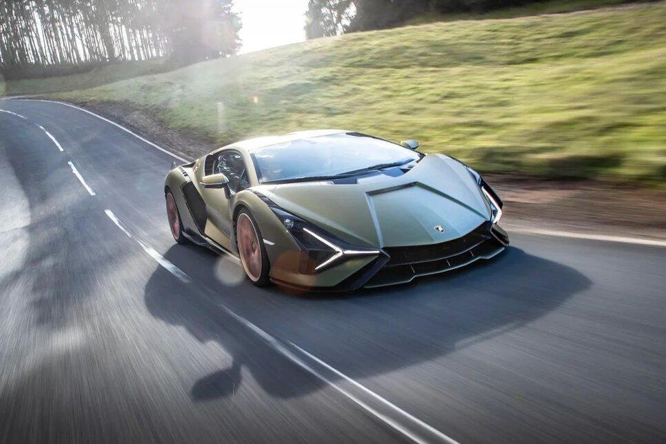 Lamborghini Sian — гибрид без аккумулятора. Что? Да!13