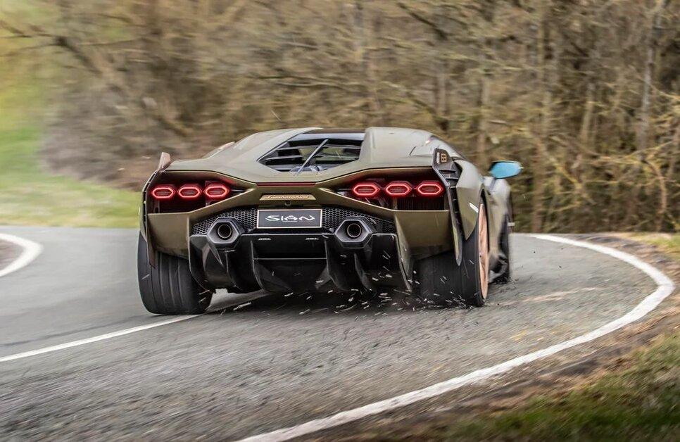 Lamborghini Sian — гибрид без аккумулятора. Что? Да!17