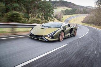 Lamborghini Sian — гибрид без аккумулятора. Что? Да!30