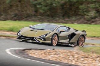 Lamborghini Sian — гибрид без аккумулятора. Что? Да!41