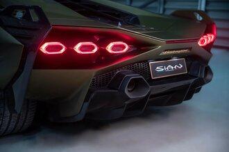 Lamborghini Sian — гибрид без аккумулятора. Что? Да!55