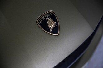Lamborghini Sian — гибрид без аккумулятора. Что? Да!56