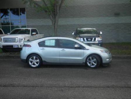 Chevrolet Volt 2012 - отзыв владельца